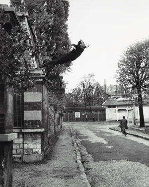 MoE  Museum of Emptiness / Nichts von Yves Klein /  Leap into the Void / Courtesy No Show Museum © 2014, ProLitteris, Zurich / Galerie Rive Droite / Paris France 1960