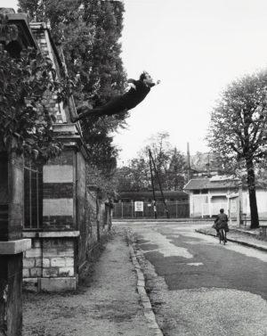 Museum of Emptiness / Nichts von Yves Klein / Courtesy No Show Museum © 2014, ProLitteris, Zurich / Leap into the Void / Galerie Rive Droite / Paris France 1960