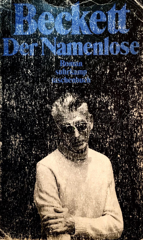 MoE Museum of Emptiness / Samuel Beckett / Der Namenlose / Lesung ohne Publikum mit Nils Torpus / suhrkamp taschenbuch / Foto: Gilgi Guggenheim